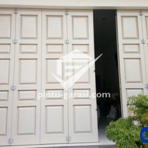 PINTU LIPAT WINA - PB2 pintu-garasi.com